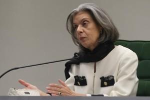 A ministra Cármen Lúcia disse não se envergonhar de ter sido vencida no tema. Foto: José Cruz/Agência Brasil
