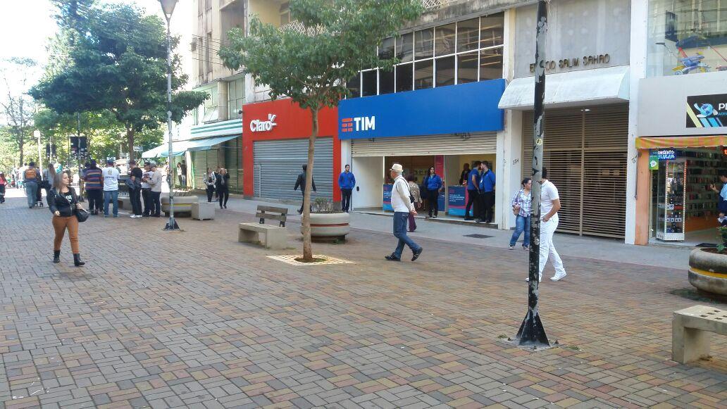 Comércio / Calçadão de Londrina - Foto: Weslley Lemos