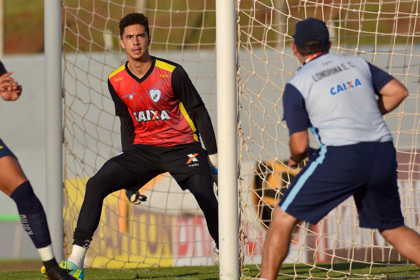 Cesar goleiro Foto Gustavo Oliveira Londrina Esporte Clube