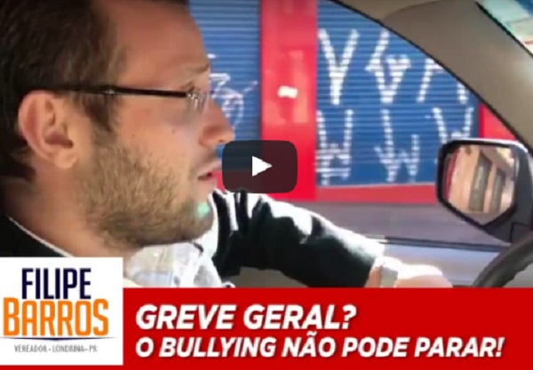 Vereador Filipe Barros xinga manifestantes