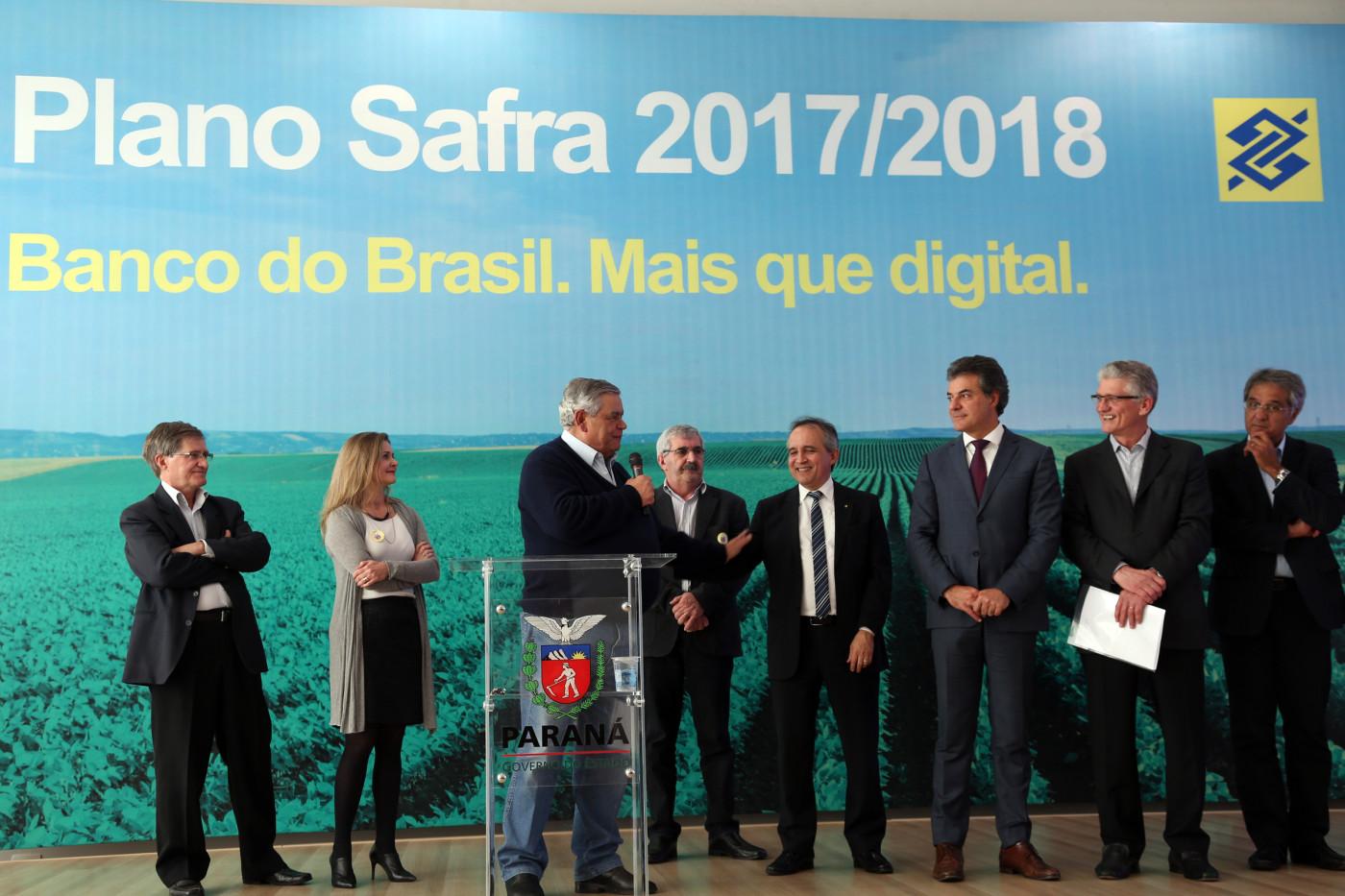 O lançamento, no Paraná, do Plano Agrícola e Pecuário 2017-2018, foi feito nesta terça-feira (11). Foto: Orlando Kissner/ANPr