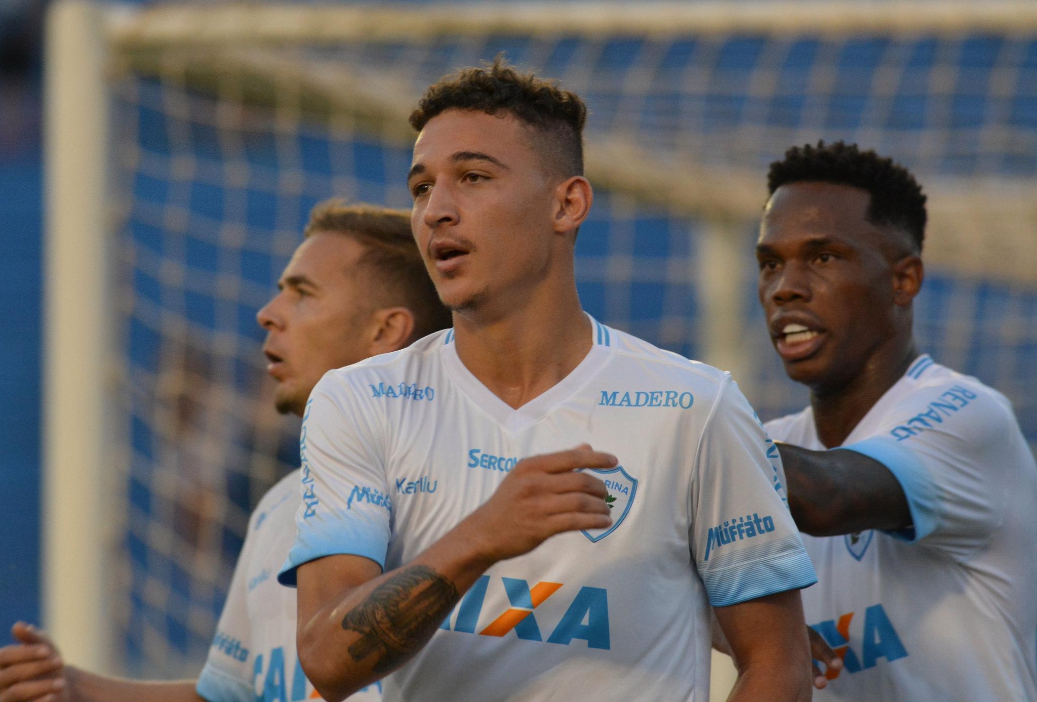 Jogador marcou dois gols importantes nas duas últimas partidas. Foto: Gustavo Oliveira/Londrina Esporte Clube