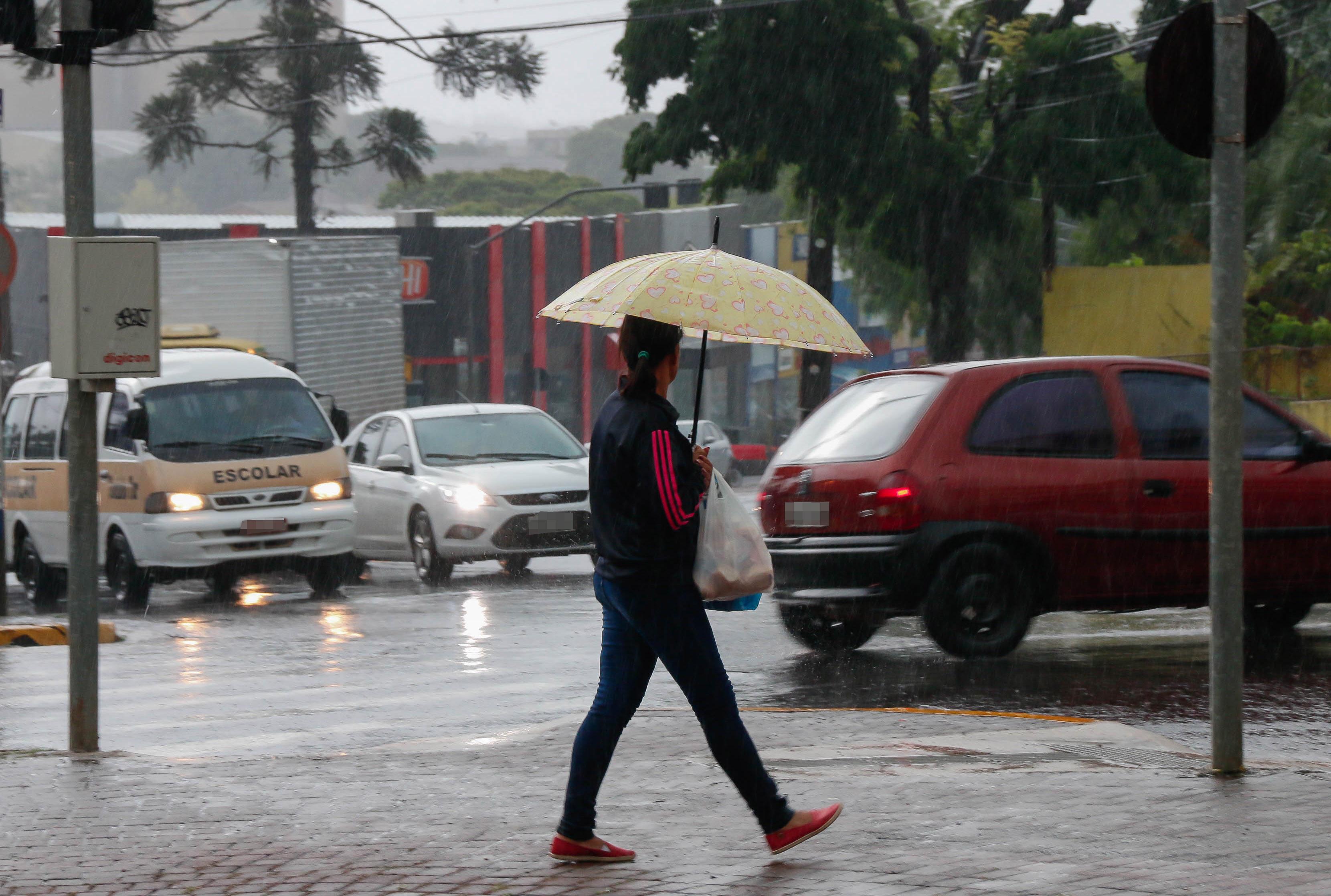 Chuva em Apucarana Foto Divulgacao