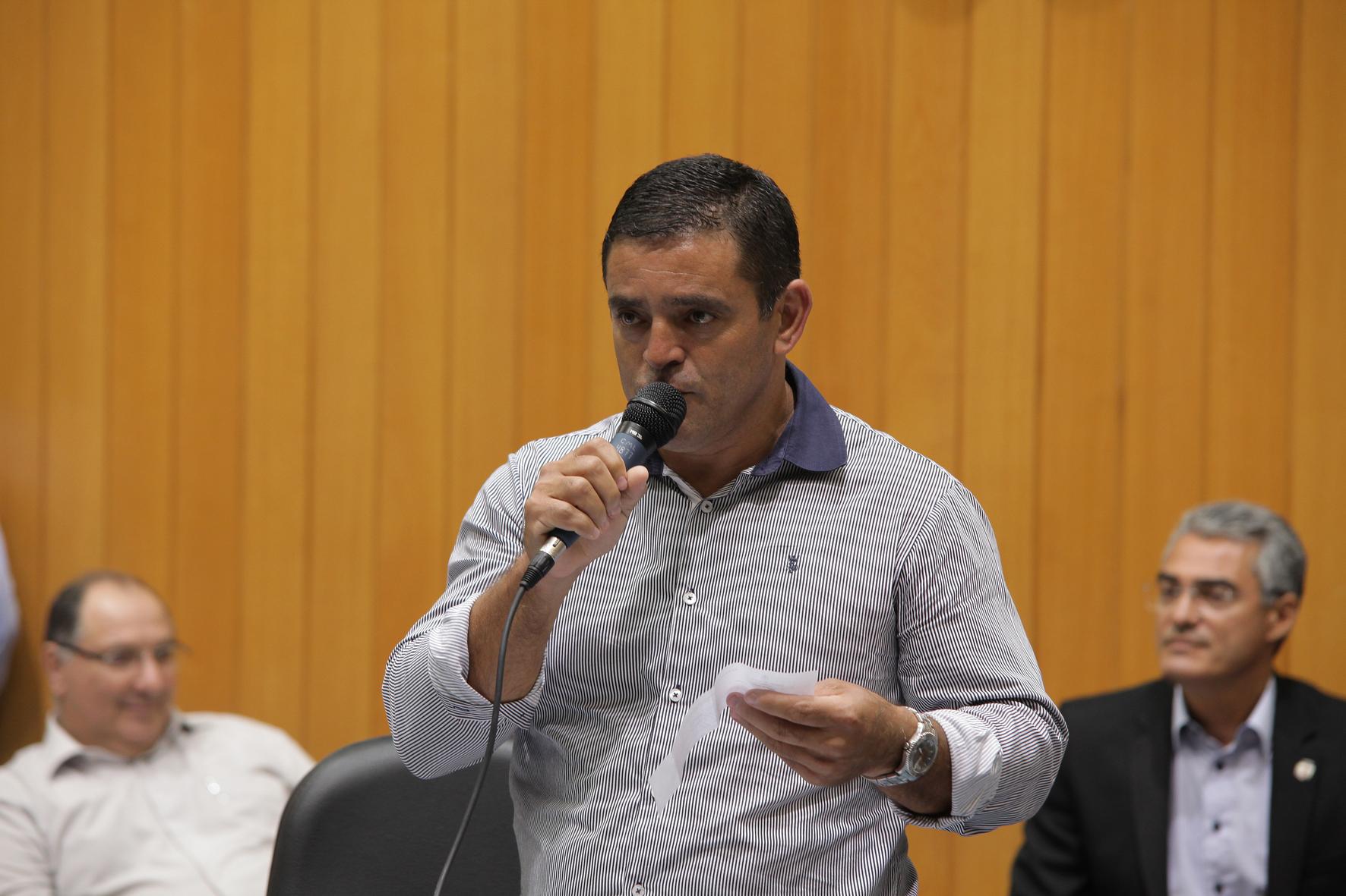 Estevão da Zona Sul foi um dos vereadores que votaram a favor da revisão da PGV. Foto: CML