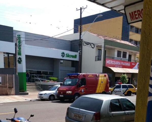 Quadrilha assalta banco no centro de Cambé - Foto: WhatsApp Paiquerê