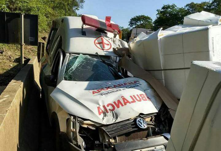 Criança de três anos morre em acidente de ambulância - Foto: WhatsApp Paiquerê