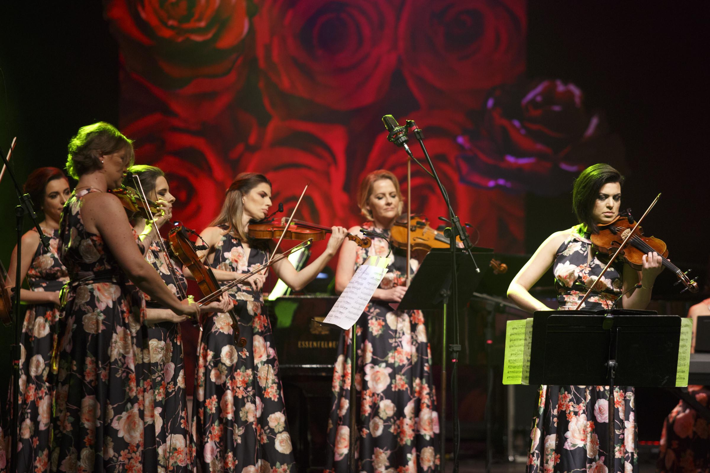 Apresentação do Concerto das Rosas no teatro Guaíra, em Curitiba. 25/07/2017