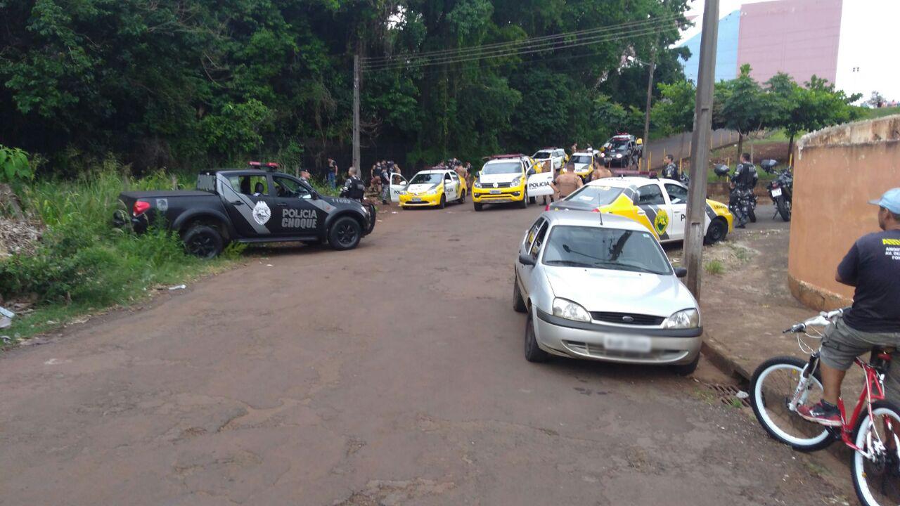 Criminoso roubar celular Marco Zero Foto WhatsApp Paiquere