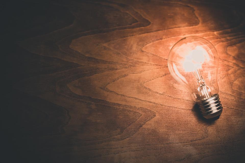 Lâmpada - Energia Elétrica - Foto: Pixabay