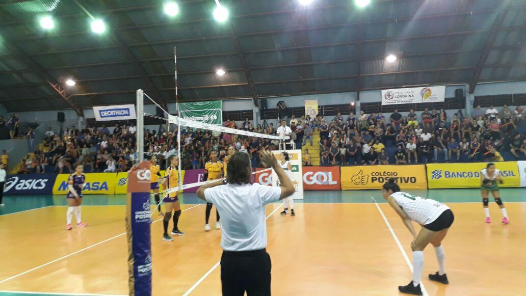 Foram seis vitórias em seis jogos sob o comando de Rogério Portella   Foto:Divulgação/CBV