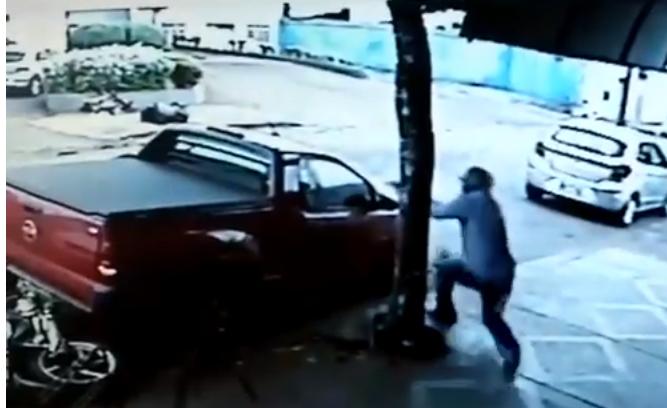 Assassinato de Thiago Bolinha - Foto Reprodução Cãmeras de Segurança