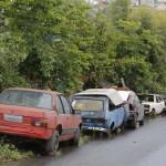 CARRO ABANDONADO - CURITIBA - PARANA - 05/10/16 - Carros abandonados em Colombo. FOTO: Felipe Rosa / Tribuna do Parana - AGP