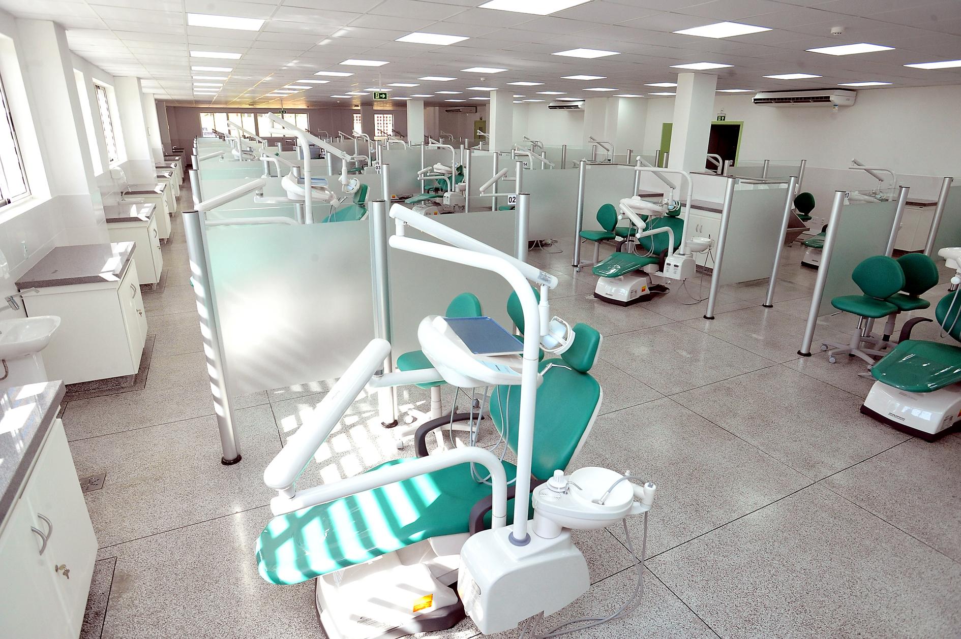 clinica odontologica universitaria UEL Foto Divulgacaob