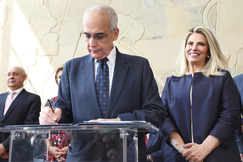 Cida dá posse a novos secretários de Estado. O novo secretário da Saúde é Antônio Carlos Nardi. Curitiba, 06/04/2018. Foto: José Fernando Ogura