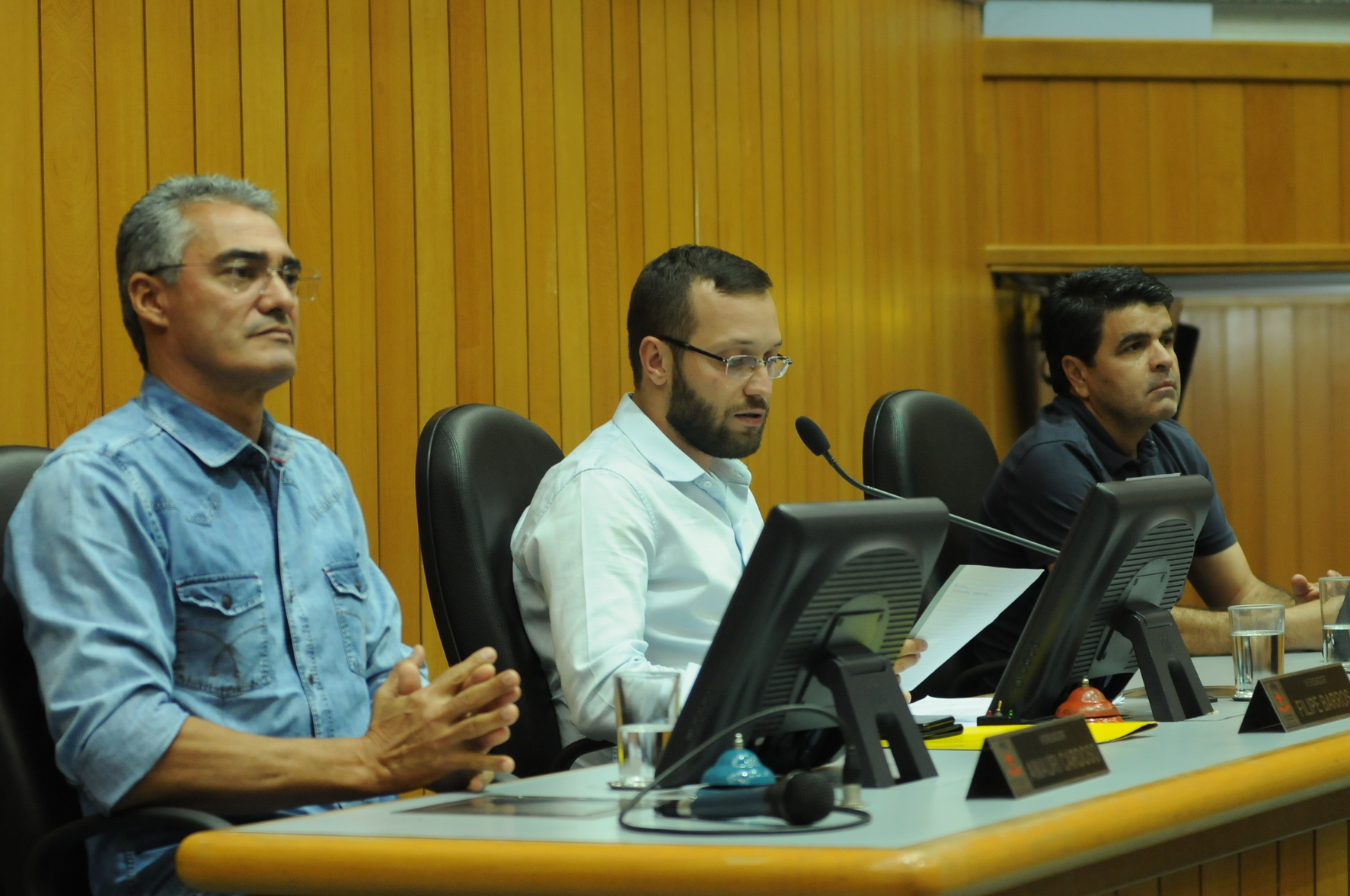 Vereadores Amauri Cardoso, Filipe Barros e Valdir dos Metalúrgicos. Foto: Devanir Parra/CML