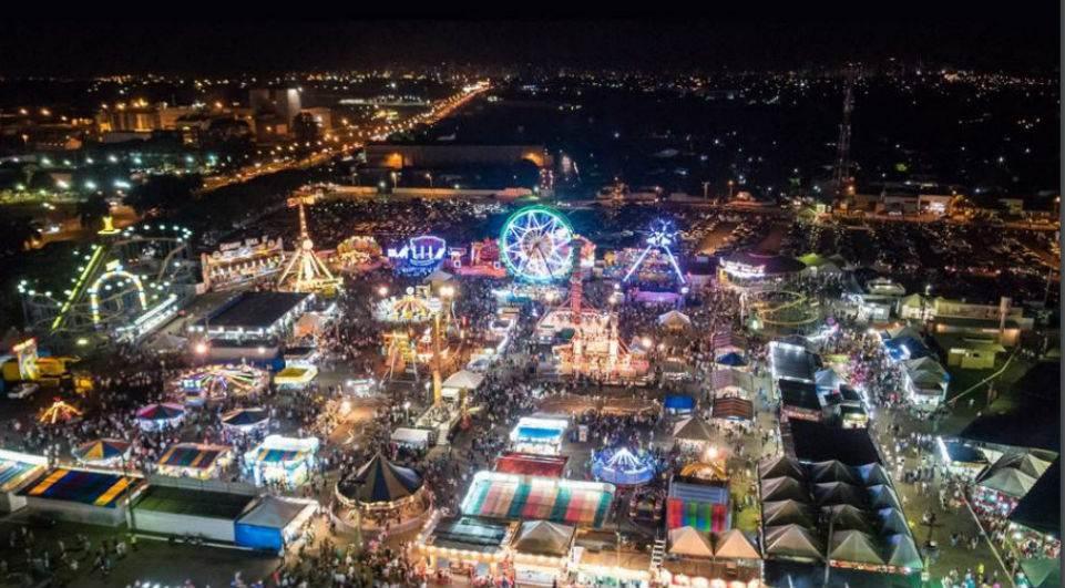 Visual noturno da Expo Londrina. Foto: Divulgação/SRP