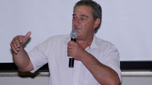Leonilson Jaqueta. Foto: Fernando Cremonez/CML