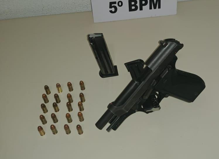 Arma utilizada durante o velório. Foto: Divulgação