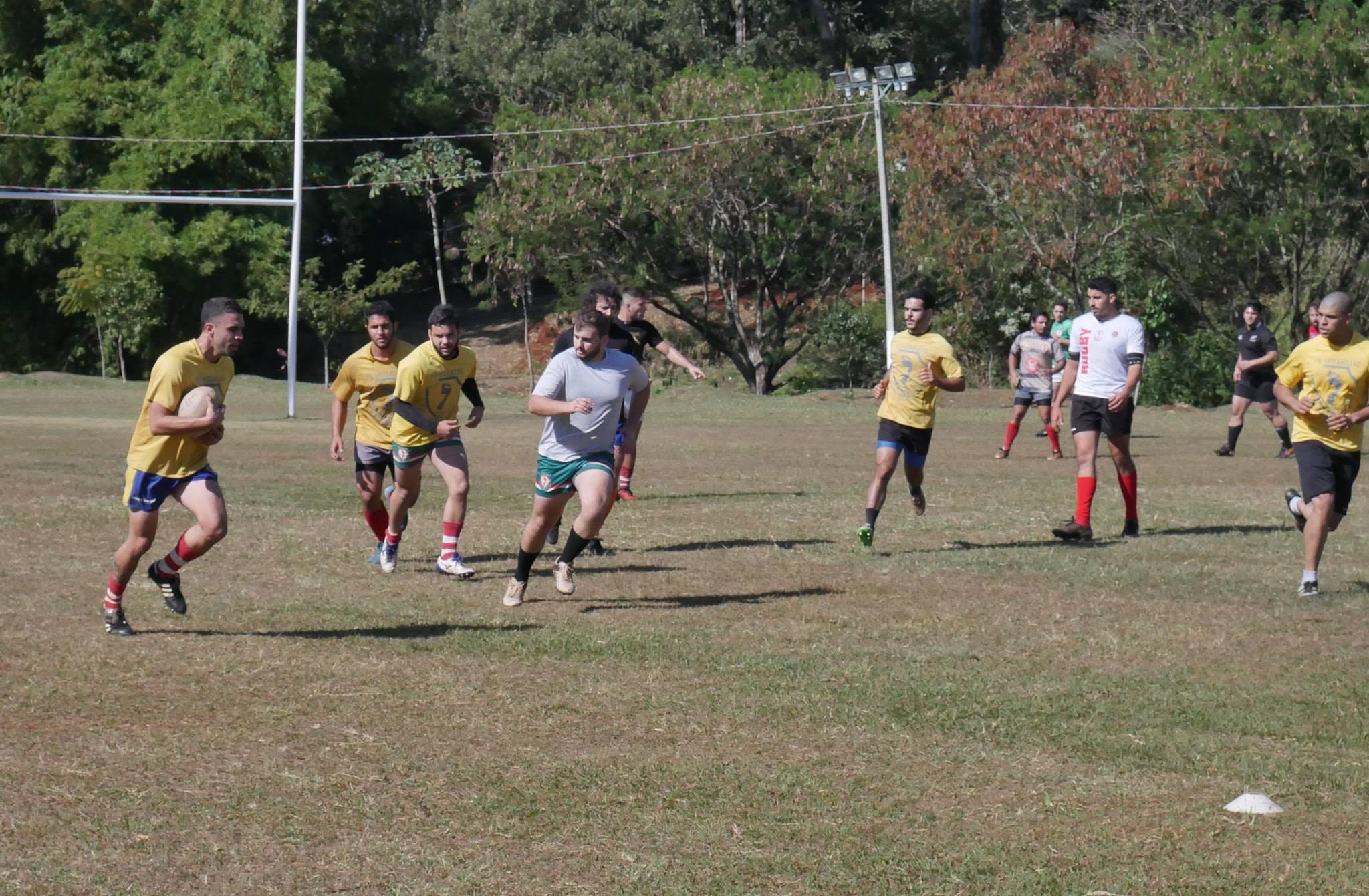 rugby-treino-3 Foto Divulgação Pé Vermelho Rugby