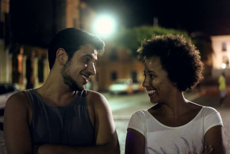 Os diretores de cinema Ary Rosa e Glenda Nicácio.  Foto: Divulgação