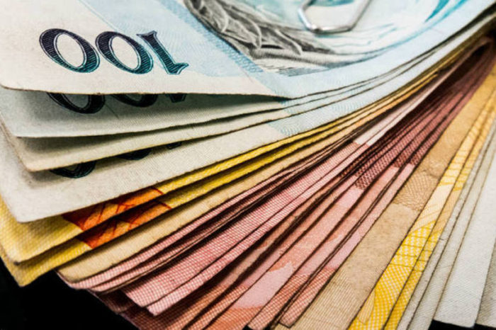 Vereadores candidatos arrecadaram R$ 403 mil para campanha eleitoral