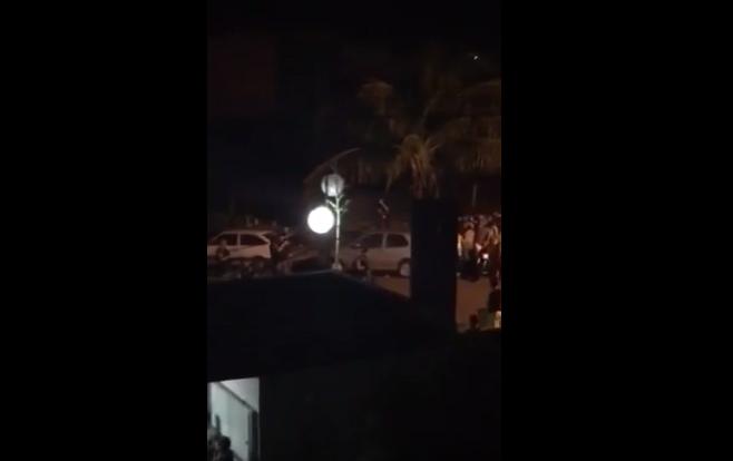 """Vestibular da UEL termina com confusão no """"Beco Universitário"""""""