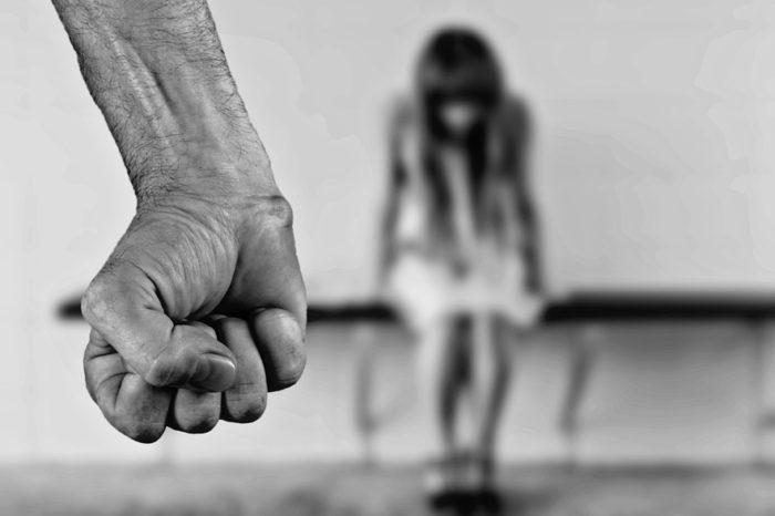 Unicef: a cada 10 minutos morre uma menina vítima de violência