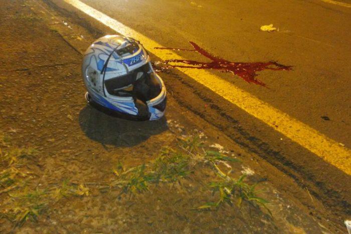 Jovem morre após colidir moto contra poste na zona leste