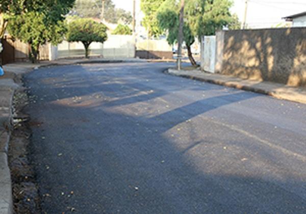 Secretaria de Obras prevê renovar contrato do micropavimento em 2019