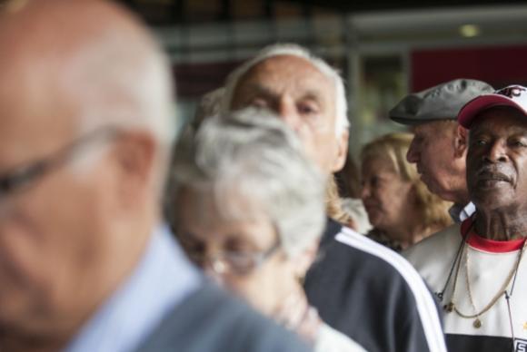 Média salarial dos idosos é a maior do País