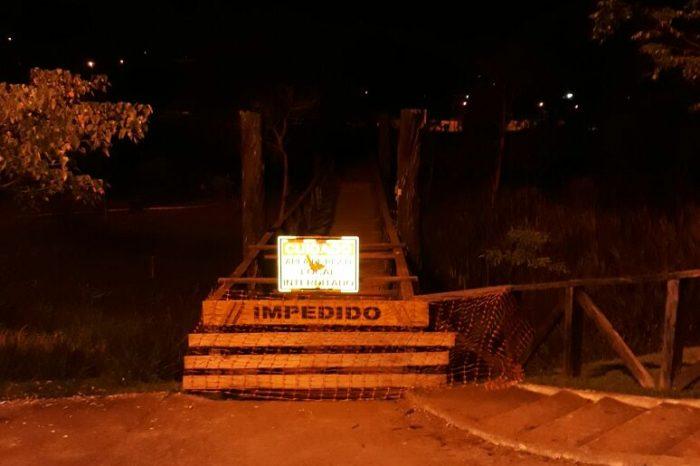 Pedestre reclama de ponte no Aterro do Igapó