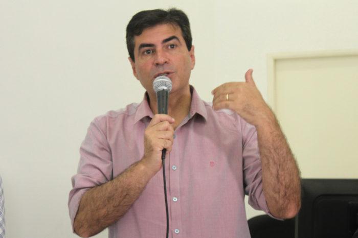 Promotor apresenta TAC proposto ao prefeito com multa de R$ 130 mil