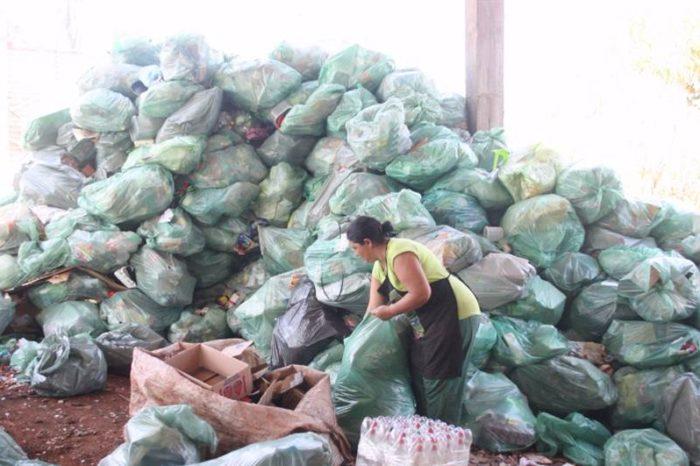 CMTU notifica cooperativas e mantém proposta de terceirizar coleta de recicláveis