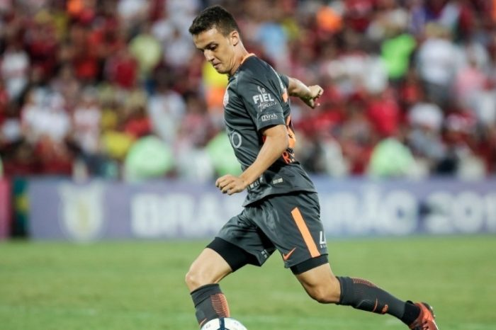 Corinthians empresta meia ao Londrina Esporte Clube