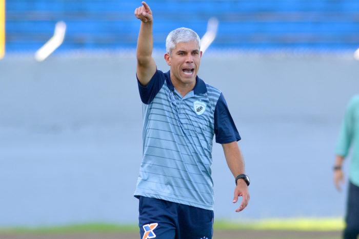 Ricardinho aponta Londrina apático e afirma que só treinamento não basta