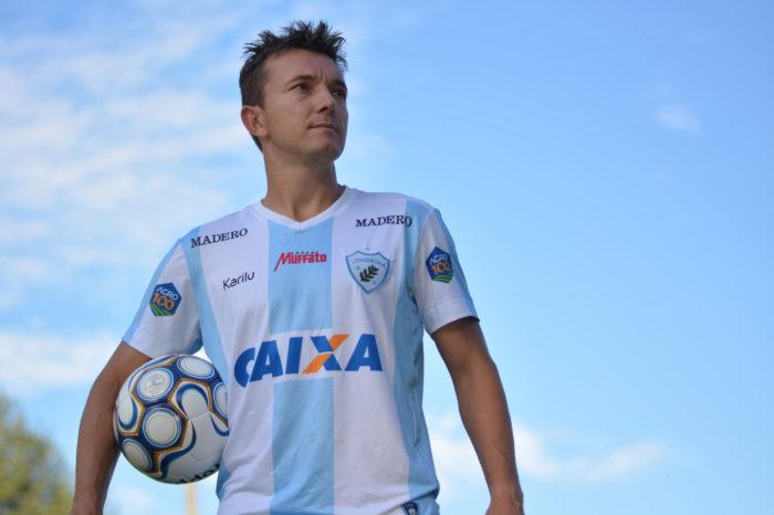 """Principal reforço, Dagoberto chega ao Londrina com """"pensamento alto"""""""
