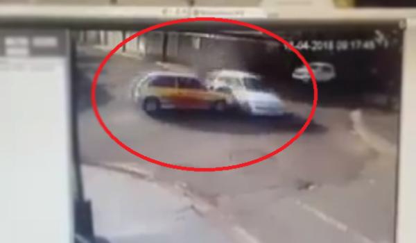 Criminoso rouba carro de autoescola e provoca acidente com feridos em Londrina