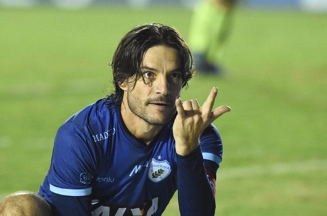 Germano convoca torcida para amistoso com o Corinthians, em Maringá