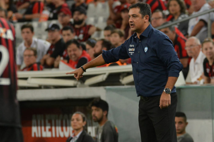 Marquinhos Santos aceita proposta e deixa o Londrina; novo técnico é anunciado