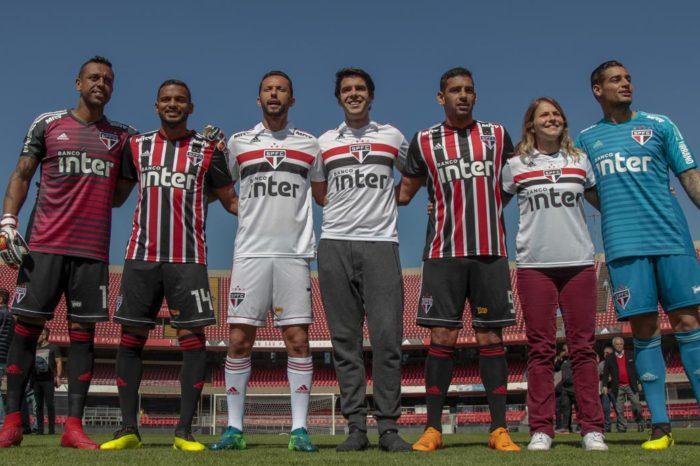 Com a presença de Kaká, São Paulo apresenta novas camisas; Confira as imagens