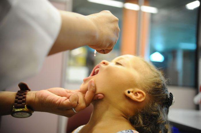 Londrina pretende vacinar 25 mil crianças contra a pólio e o sarampo