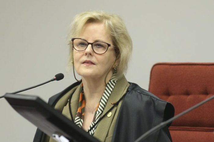 Presidente do TSE vota contra Justiça Eleitoral julgar Lava Jato