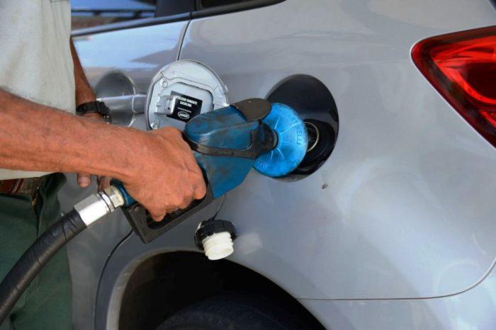 Preços de gasolina, diesel e gás aumentam nesta terça (2) nas refinarias