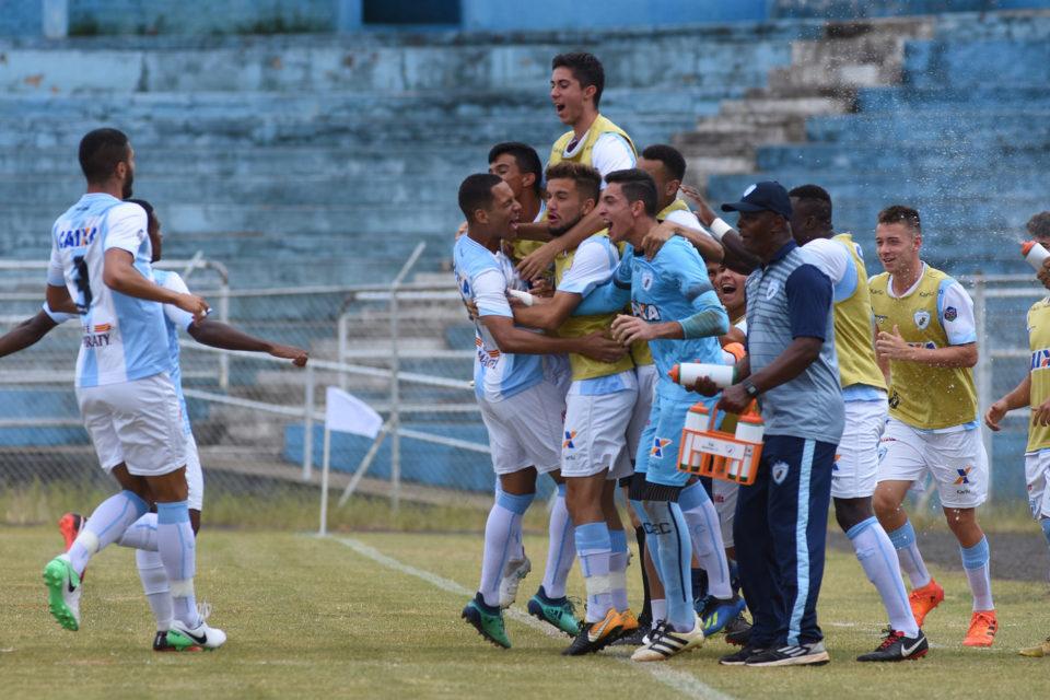 9f64b12e80 LEC empata com Atlético no primeiro jogo da semifinal do Paranaense Sub-19