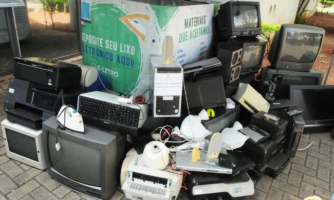 Ação na Câmara de Vereadores recolhe uma tonelada de resíduos eletrônicos