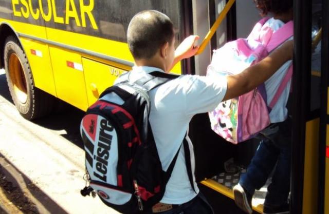 Apucarana terá que restituir R$ 83 mil ao Estado de verba para transporte escolar