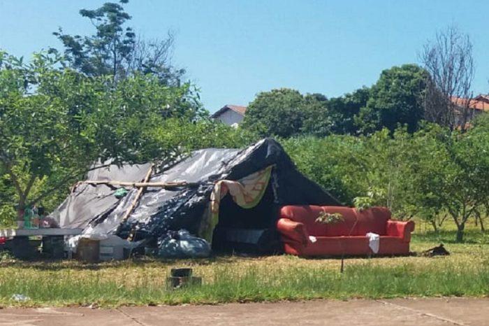 Índios trazidos de São Jerônimo precisam da Assistência Social de Londrina