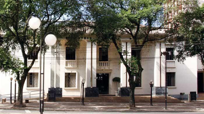 Cultura abre envelopes de empresas interessadas na reforma da Biblioteca