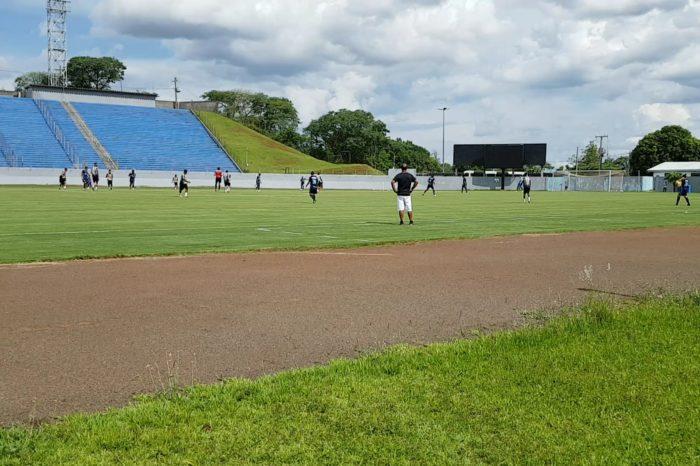 Londrina goleia Atlético Cambé em jogo-treino no Estádio do Café