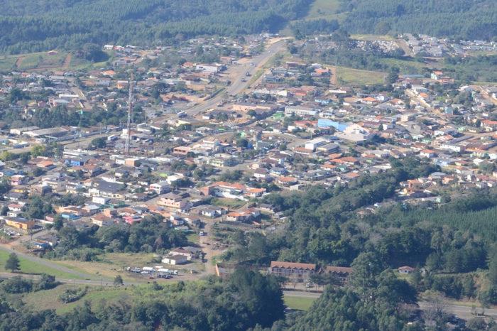 Vereador e secretário de cidade paranaense são presos por fraude a licitações